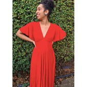 A beautiful red Agatha on this Sunday ❤️💃🏾 As seen on @thatlenaking⠀⠀⠀⠀⠀⠀⠀⠀⠀ ⠀⠀⠀⠀⠀⠀⠀⠀⠀ #Fibremoodagatha |Fibre Mood 10⠀⠀⠀⠀⠀⠀⠀⠀⠀ ⠀⠀⠀⠀⠀⠀⠀⠀⠀ #repost @thatlenaking⠀⠀⠀⠀⠀⠀⠀⠀⠀ ⠀⠀⠀⠀⠀⠀⠀⠀⠀ #fibremood #fibremoodmagazine #sewingmagazine #patternmagazine #sew #sewista #welovesewing #instasewing #sewersofinstagram #sewcialist #diy #couture #makersgonnamake #diywardrobe #memade #memadeeveryday #diyfashion #ilovesewing #makeitsewcial #sewist #millennialsewing #sewing #sewistsofinstagram #jecouds #jeportecequejecouds